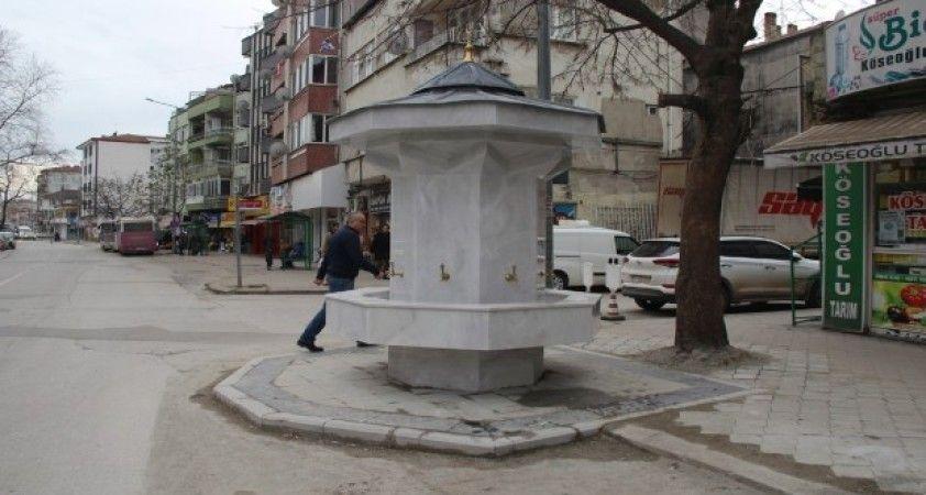 Büyükşehirden Çeşme Meydanına örnek çalışma