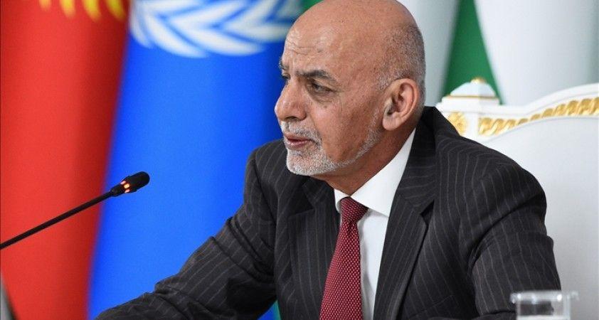 Afganistan Cumhurbaşkanı yabancı güçlerin çekilmesinin ardından Taliban'la savaşmaya hazır olduklarını belirtti