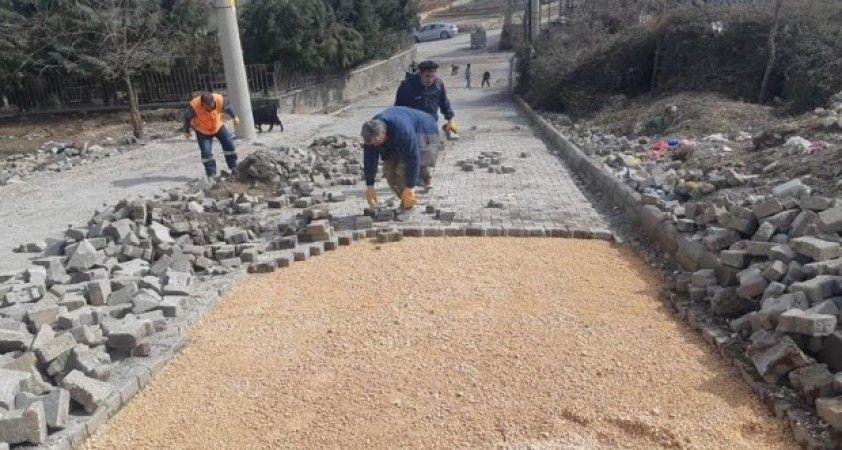 Besni Belediyesi'nin ekipleri sahada