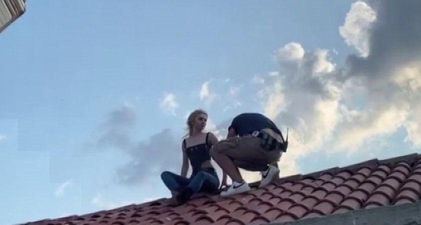Aleyna Tilki, klip çekimi için Kız Kulesi'nin çatısına çıktı