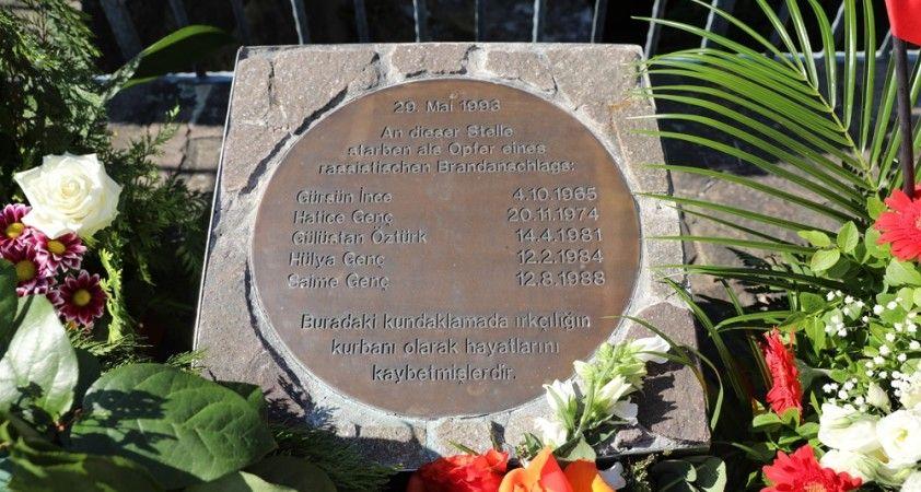 Almanya'da Solingen kurbanları 27'nci yılında anıldı