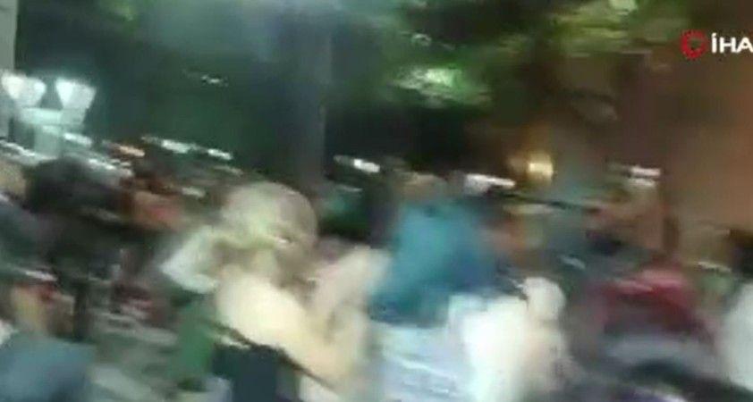 Arjantin'de kadın cinayetini protesto eden göstericiler valilik binasını yaktı