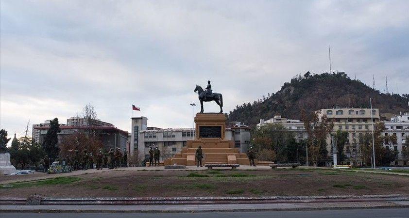 Şili tarihi referandum için yarın sandığa gidiyor
