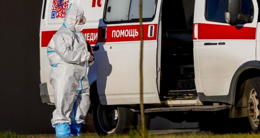 Rusya'da Kovid-19 kaynaklı can kaybı 234 bine yaklaştı