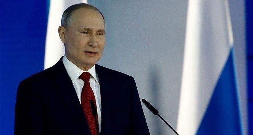 Putin: Ekonomik kalkınma önündeki istikrarsızlık unsurları devam ediyor
