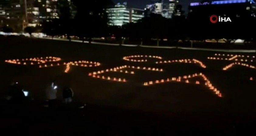 Avustralya'da ırkçılığa karşı sessiz protesto