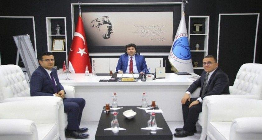 Gümrük Müdürleri Rektör  Karacoşkun'la bir araya geldi