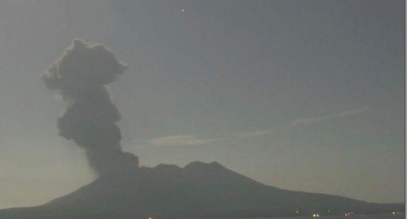 Japonya'da Sakurajima Yanardağı'nda patlama
