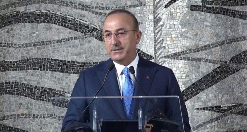 """Bakan Çavuşoğlu: """"Biz yaptırımlardan korkan bir ülke değiliz"""""""