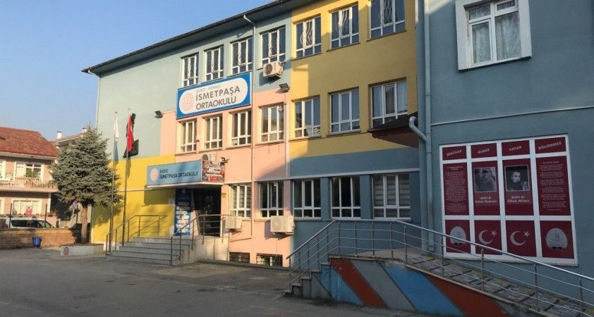 Düzce'de bir okul satışa çıkartıldı