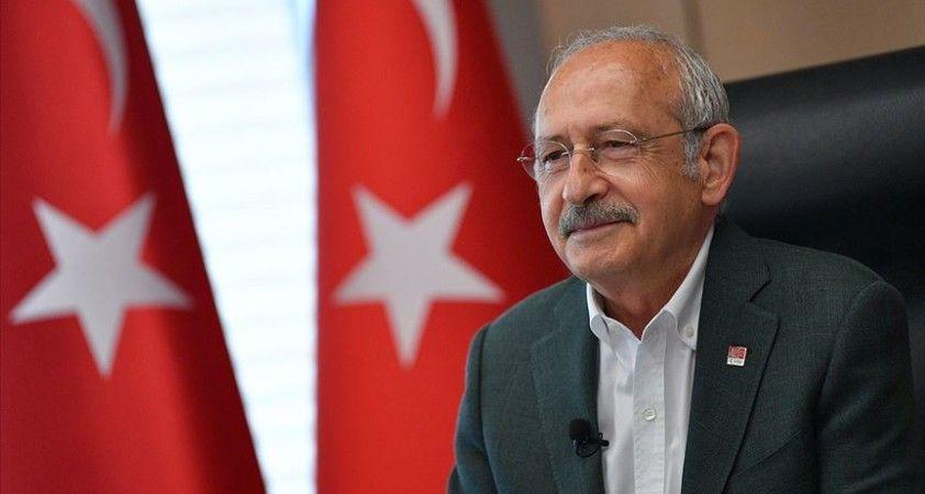 CHP Genel Başkanı Kemal Kılıçdaroğlu, Nazım Hikmet'i ölümünün 57. yılında andı