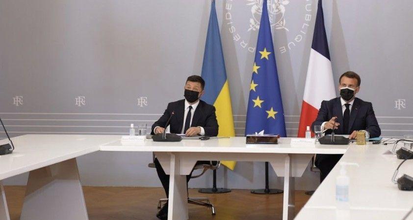 Fransa, Almanya ve Ukrayna'dan Rus askerlerinin Ukrayna sınırından geri çekilmesi çağrısı