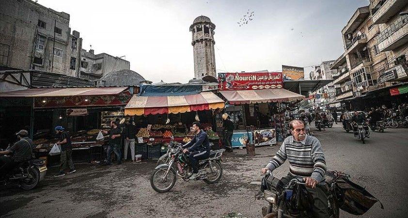 Zorla yerinden edilen Suriyeliler Esed rejiminin hazırlandığı devlet başkanlığı seçimine karşı çıkıyor