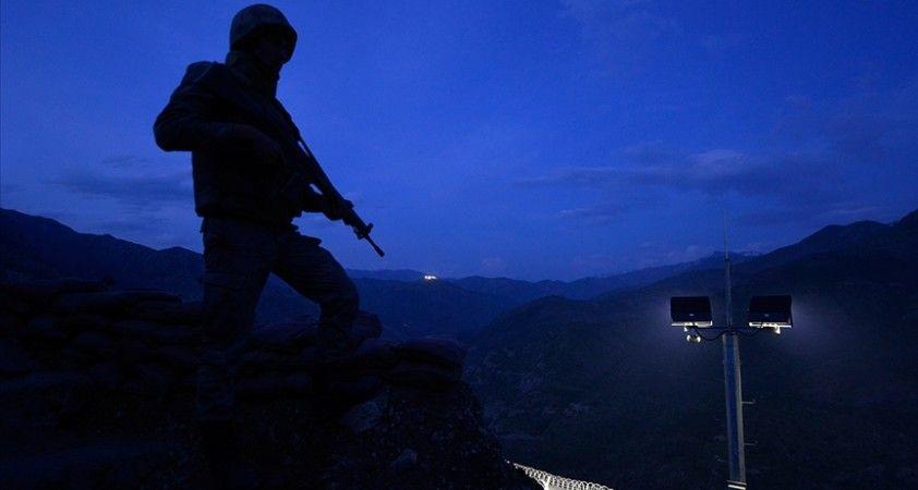 Bölücü terör örgütüne yönelik 'ara-bul-yok et' stratejisinin uygulanacağı ilkbahar-yaz operasyonları başlatıldı