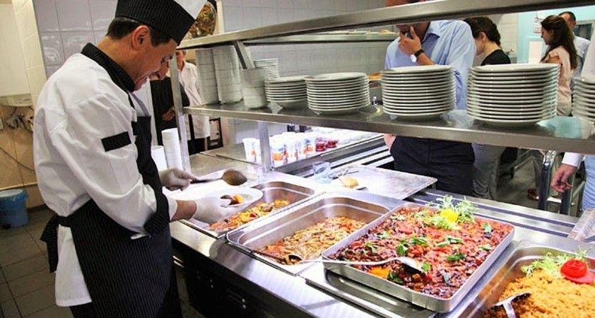 Gıda fiyatları hazır yemek sektörünün belini büküyor