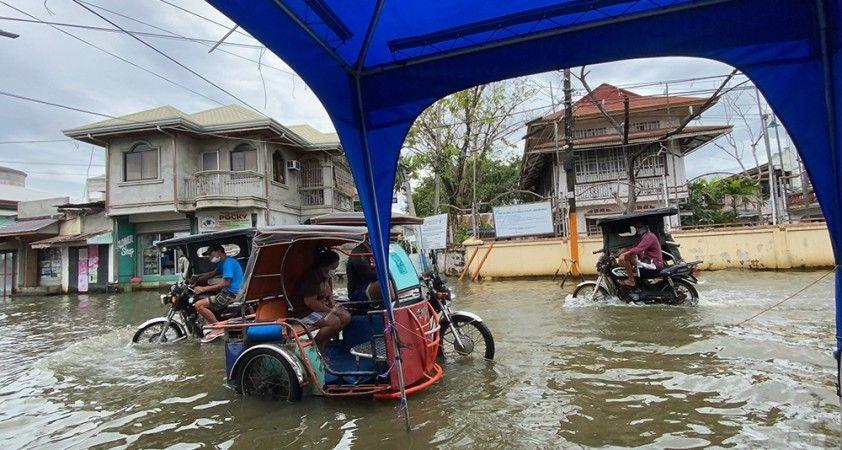 Molave tayfunu Filipinler'i vurdu: 10 ölü