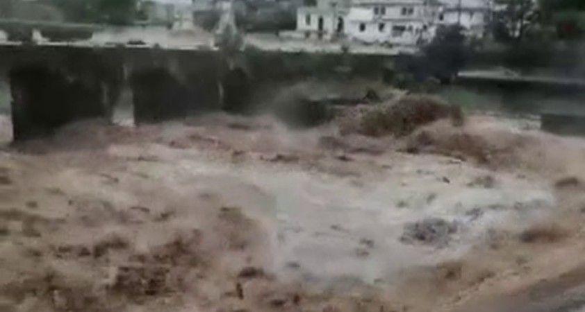 El Salvador'u fırtına vurdu: 7 ölü