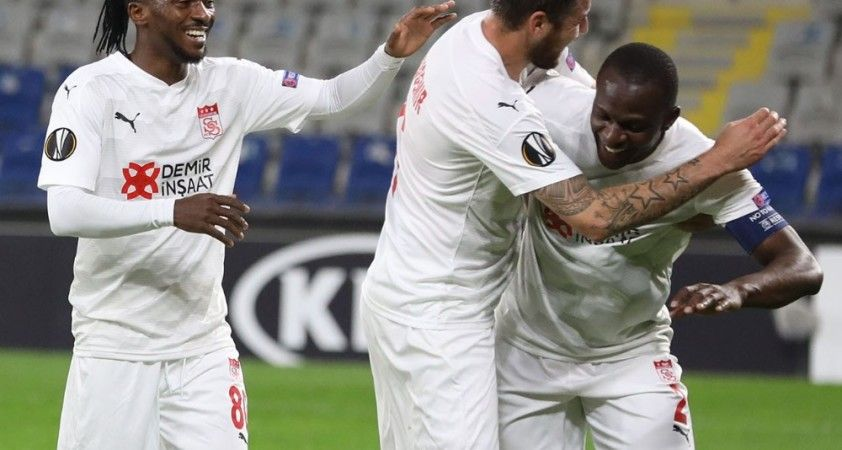 Sivasspor'un 'Dede' lakaplı Kone'si UEFA'da siftah yaptı
