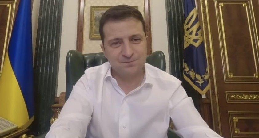 """Zelenskiy: """"Ukrayna'da Aralık ayında karantina uygulanmayacak"""""""