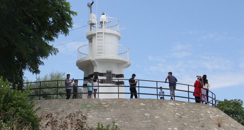 Türkiye'de bir ilk olan deniz feneri 78 yıldır gemilere rehberlik ediyor