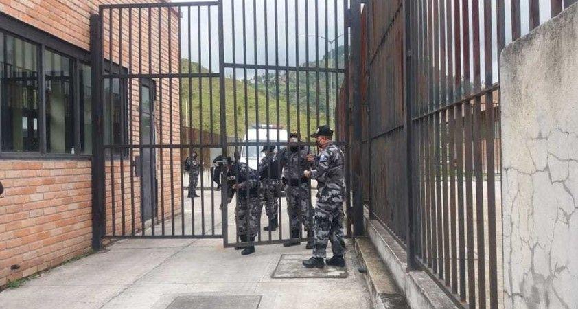 Ekvador'da 3 hapishanede çıkan isyanda can kaybı 75'e ulaştı