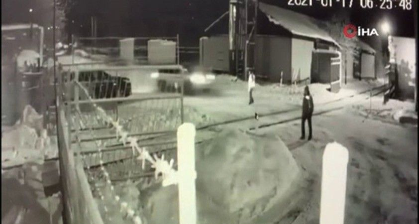 Rusya'da hızla giden araç demiryolu işçisine çarptı: 1 ölü