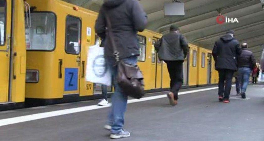 Almanya'da kamusal alanlarda FFP2 tipi maskenin zorunlu olması tartışmaların odağında