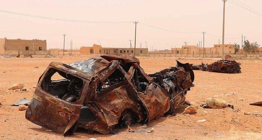 Libya'da Sirte düğümü için siyasi çözüm aranırken Hafter'in askeri yığınakları devam ediyor