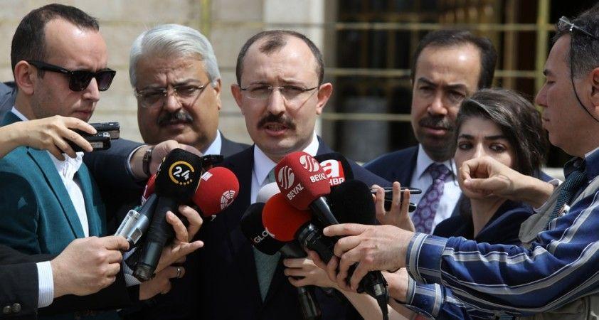 AK Parti'den iki yeni kanun teklifi