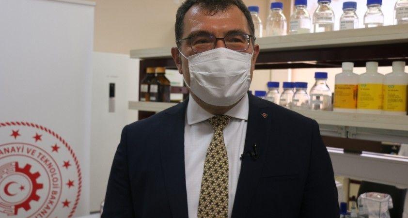 TÜBİTAK Başkanı koronavirüs aşısı için tarih verdi