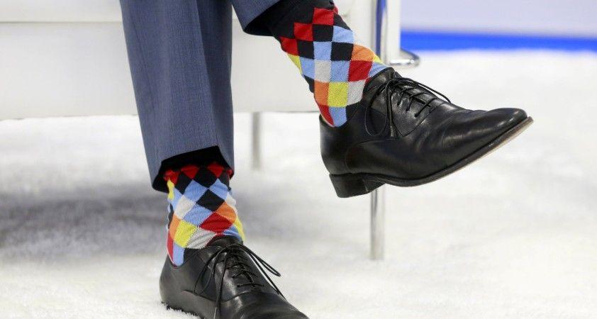 Kanada Başbakanı Trudeau yine çorapları ile gündem olmayı başardı