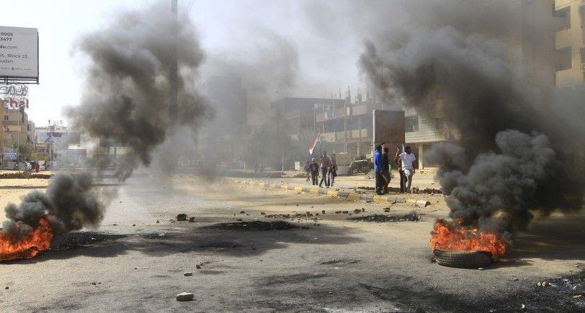 Afrika Birliği, Sudan'ın faaliyetlerini durdurdu