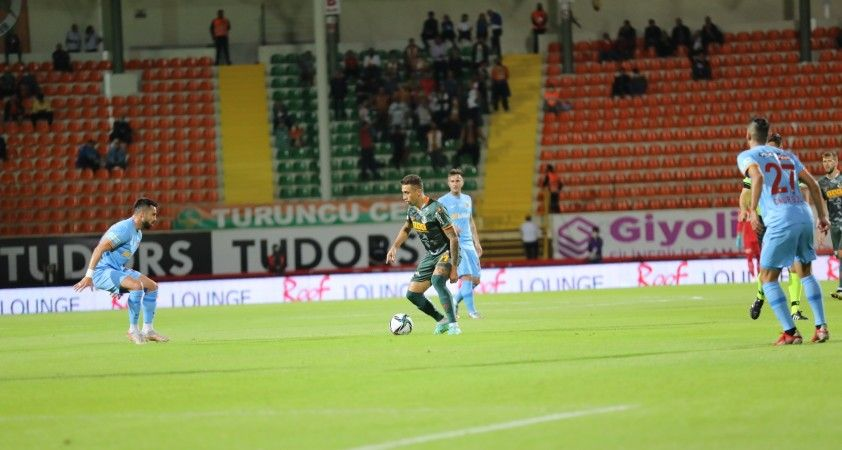 Süper Lig: Alanyaspor: 3 - Kayserispor: 2 (İlk yarı)