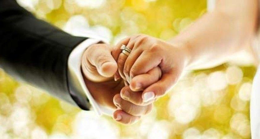 Evlenen çiftlerin sayısı 2020 yılında yüzde 10,1 azaldı