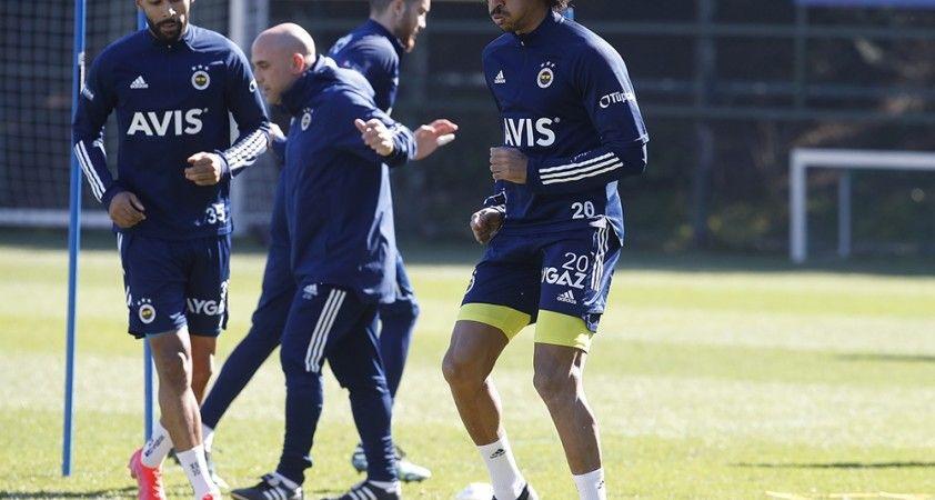 Gustavo, takımla çalışmalara başladı