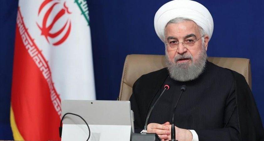 İran Meclis Başkanı, Ruhani hükümetini ABD yaptırımları karşısında 'pasif' kalmakla eleştirdi