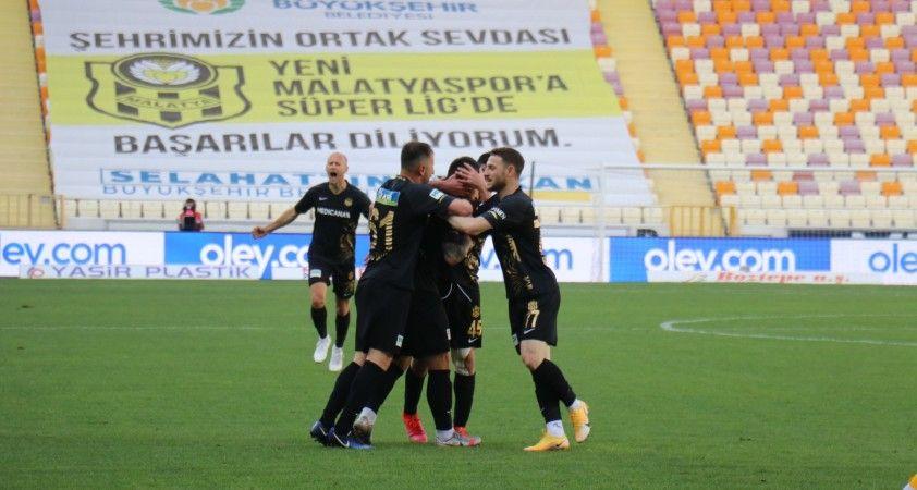 Yeni Malatyaspor'da 14 futbolcunun sözleşmesi bitiyor