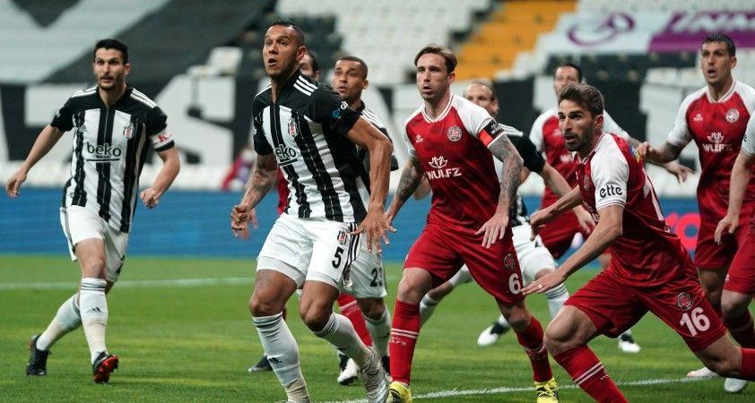 Süper Lig: Beşiktaş: 0 - Fatih Karagümrük: 1 (İlk yarı)