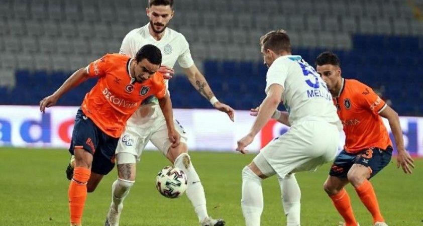 Başakşehir'de Rafael maça devam edemedi