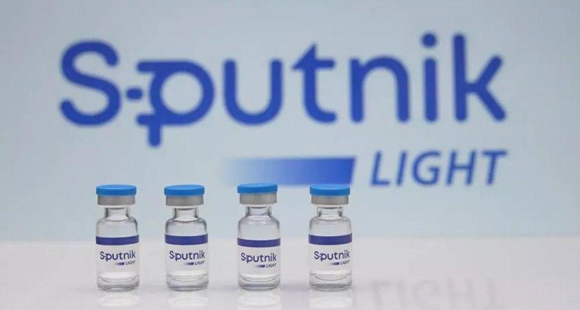 Rusya Sağlık Bakanlığı, yabancı işçilerin 'Sputnik Light' ile ücretli aşılanmaları konusunu değerlendiriyor