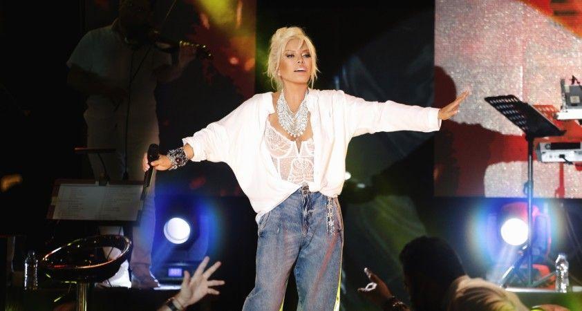 Süperstar Ajda Pekkan'dan albüm müjdesi