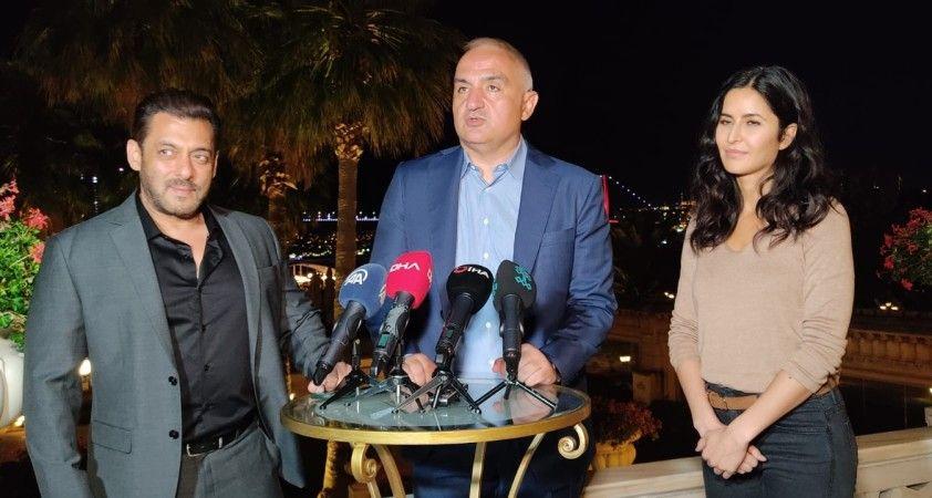 Kültür ve Turizm Bakanı Mehmet Nuri Ersoy Bollywood yıldızları ile bir araya geldi
