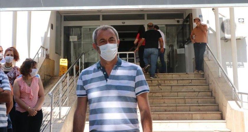 Kovid-19'u yenen Tunceli Belediye Başkanı Maçoğlu görevine döndü