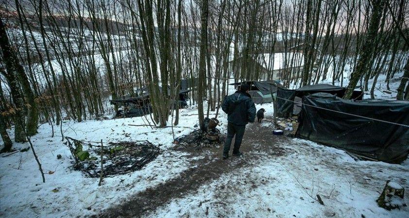 AB kapısında bekleyen göçmenler, derme çatma çadırlarda yaşam mücadelesi veriyor
