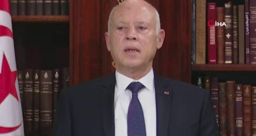 Tunus Cumhurbaşkanı Said iki bakanı görevden aldı