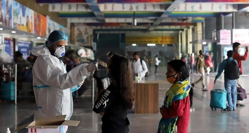 Hindistan Kovid-19 salgınında ikinci ve daha büyük bir dalgayla karşı karşıya