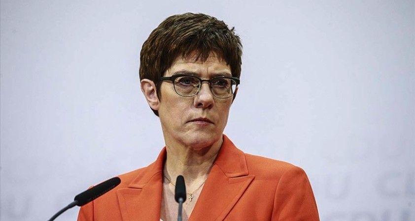 Almanya Savunma Bakanı Karrenbauer: Alman askerleri kendilerinden talep edileni yaptı