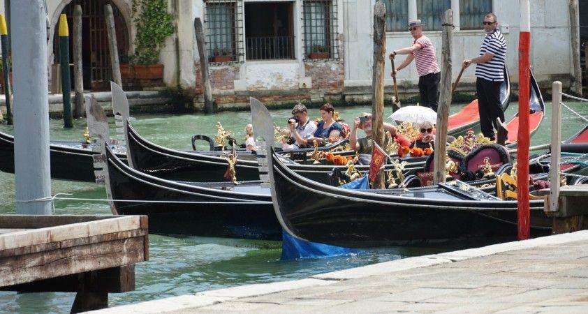 İtalya'da son 24 saatte 495 yeni vaka