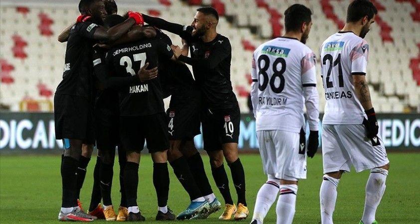 Demir Grup Sivasspor sahasında galip