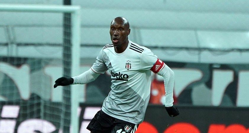 Beşiktaş sahasında Kasımpaşa'yı 3-0 mağlup etti